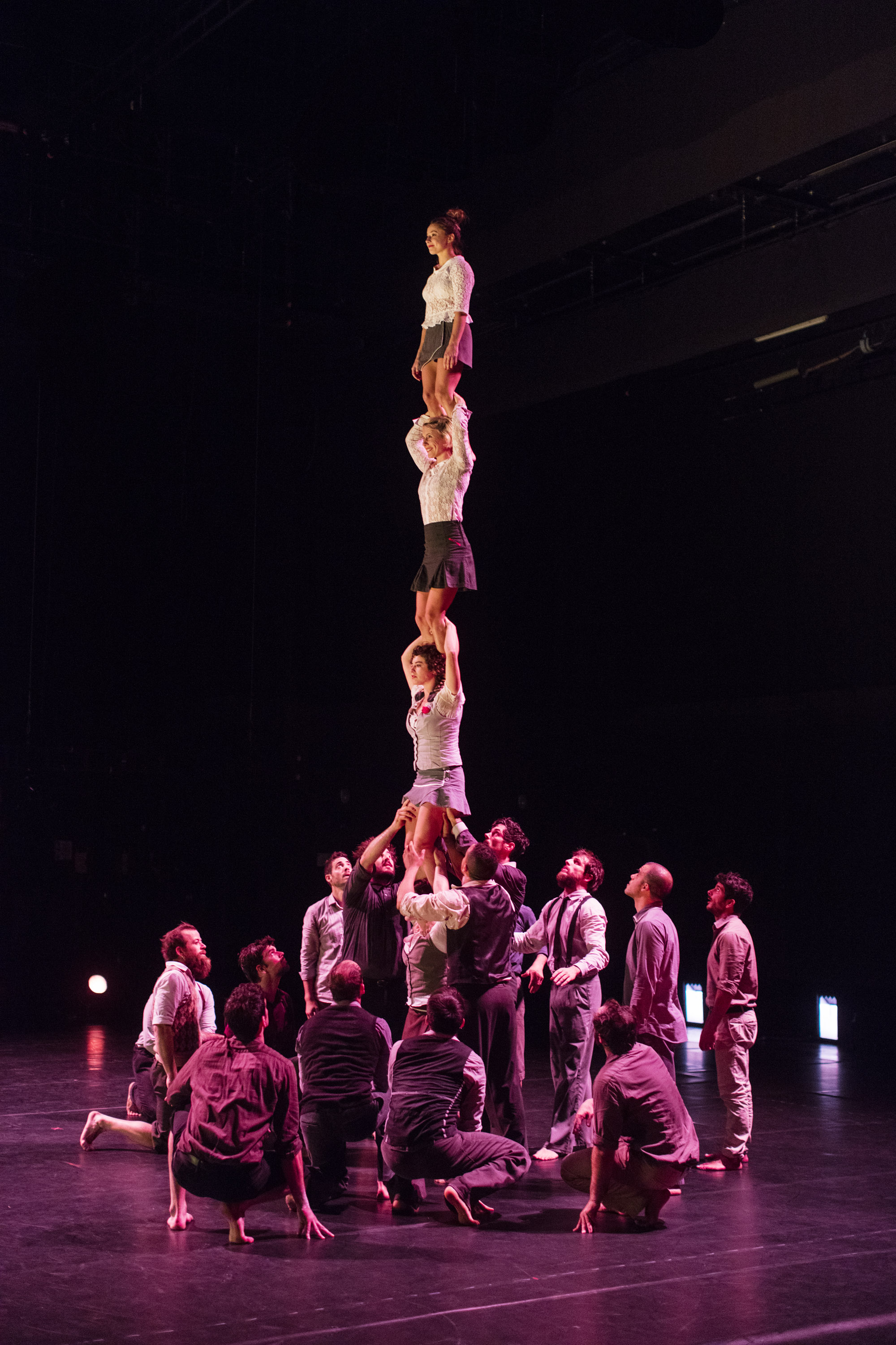 Compagnie XY in performance. Photo: David Levene