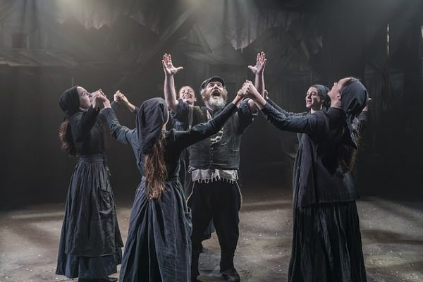 Review: Fiddler on the Roof at Menier Chocolate Factory