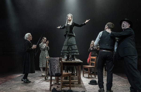 Review: Blood Wedding at Young Vic