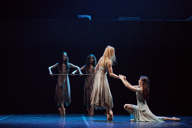 review  akram khan u0026 39 s giselle at the bristol hippodrome