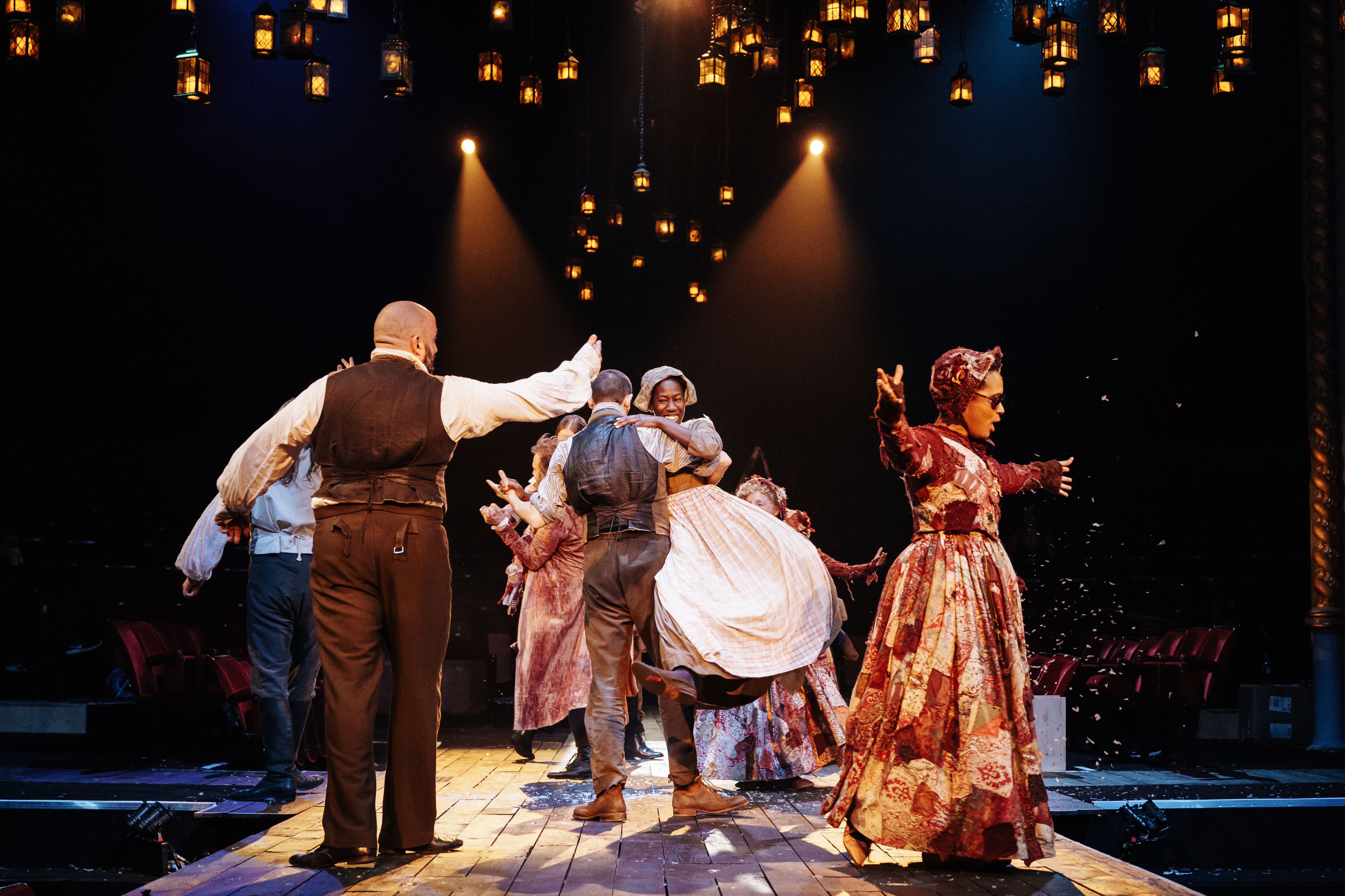 Cast Of A Christmas Carol.Cast Of A Christmas Carol At The Old Vic Photos By Manuel