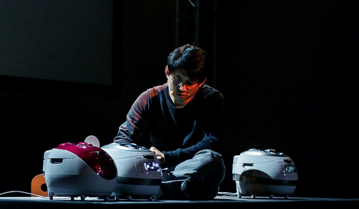 Jaha Koo in Cuckoo at Attenborough Centre for the Creative Arts. Design, Eunkyung Jeong. Photo: Wolf Silveri.