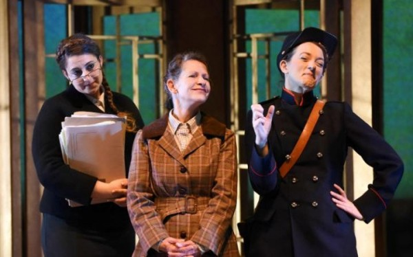 Review: The Government Inspector at the New Wolsey Theatre
