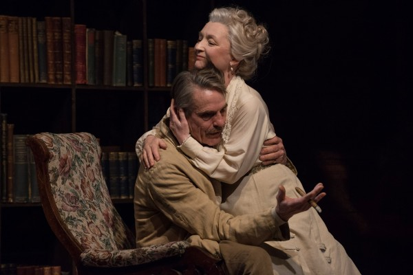 Review: Long Day's Journey into Night at Bristol Old Vic