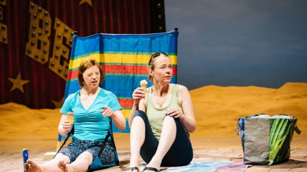 Review: Jellyfish at National Theatre