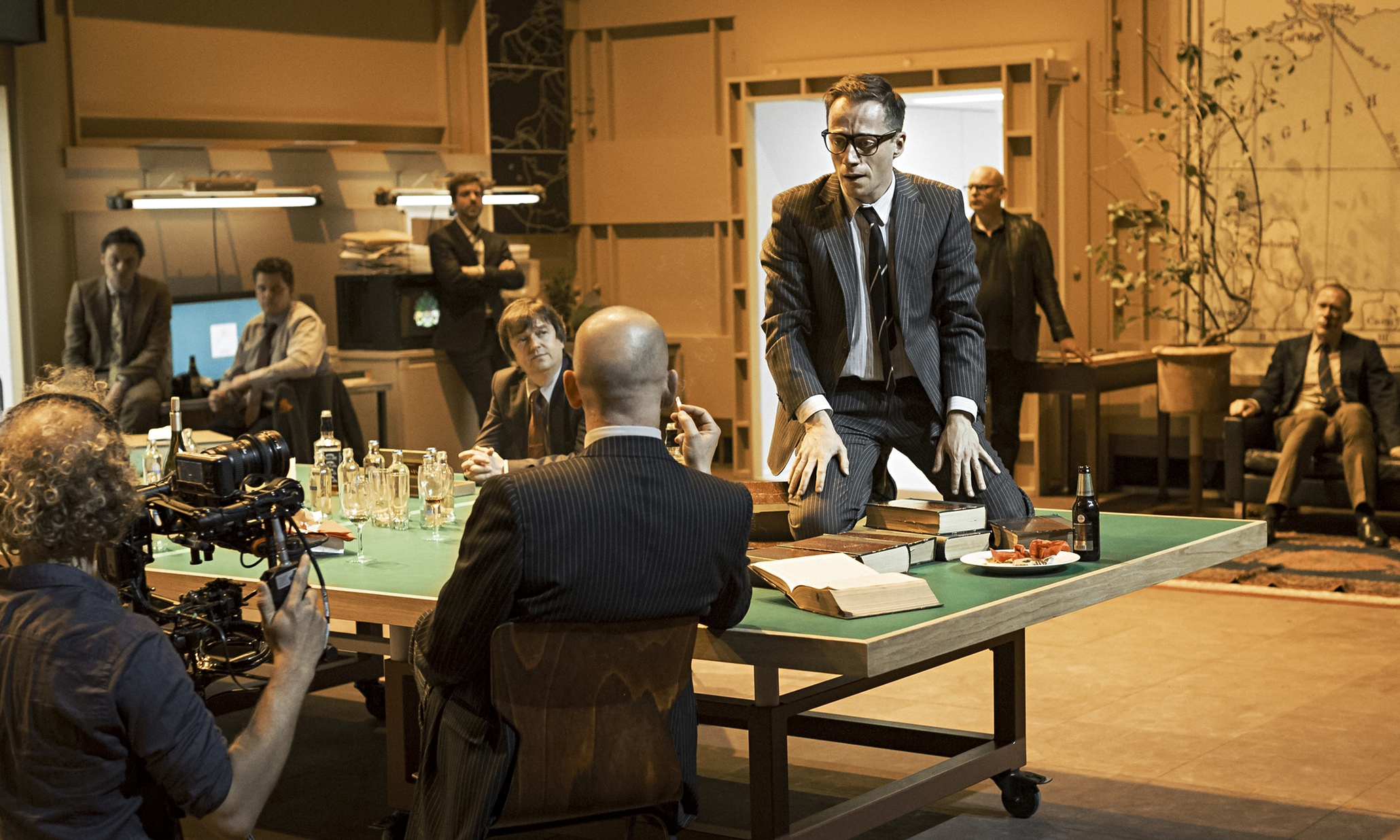 Ivo Van Hove's staging of Kings of War at the Barbican.