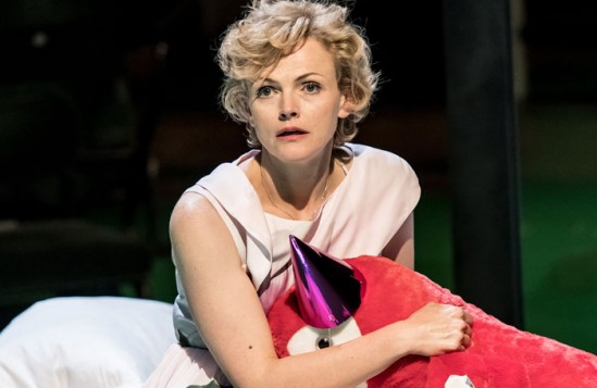 review a streetcar d desire at the royal exchange theatre  maxine peake in a streetcar d desire at the royal exchange in manchester photo