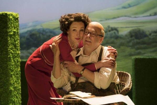 Review: The Moderate Soprano at the Duke of York's Theatre