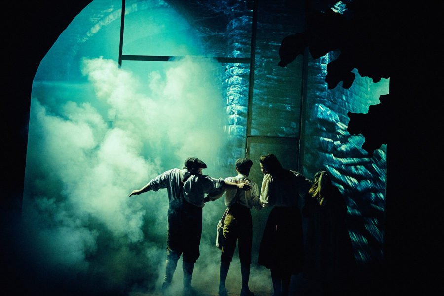 The Railway Children, Exeter Northcott Theatre. Photo: Mark Dawson.