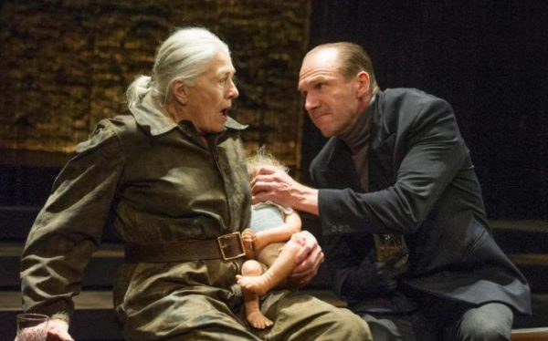 Review: Richard III at the Almeida
