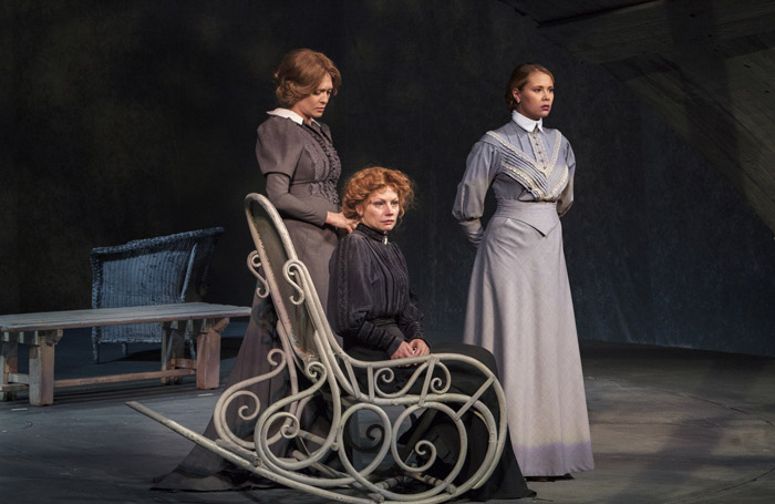 Three Sisters at the Piccadilly Theatre. Photo: Helen Murray.