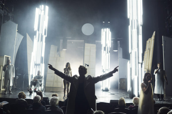 Review: Trommeln in der Nacht at the Deutsches Theater, Berlin