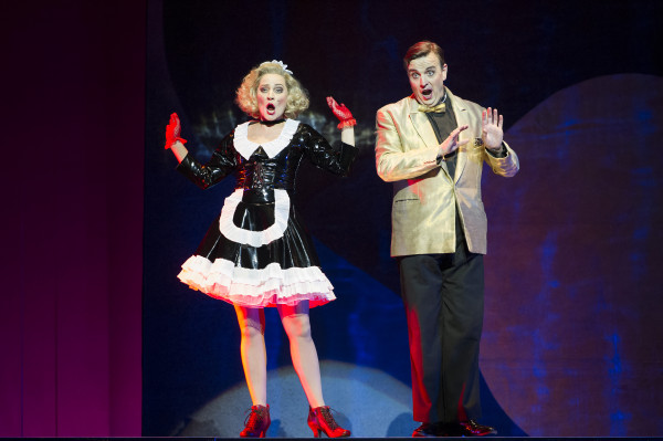 Review: Figaro Gets A Divorce at Bristol Hippodrome
