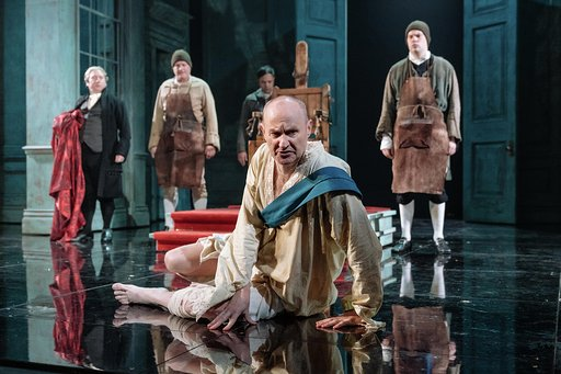 Mark Gatiss and company in The Madness of George III at Nottingham Playhouse. Photo: Manuel Harlan